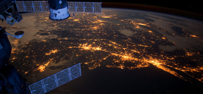 Stunning Timelapse Shows 6 Months of Earth' Views from Space