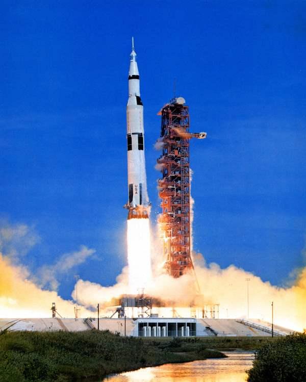 Black hole: Launch Apollo