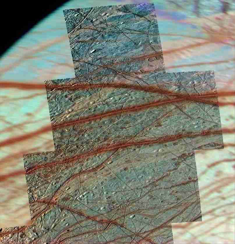 Europa's trailing northern hemisphere shows hints of subduction zones caused by plate tectonics